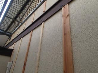 胴縁木材の取り付け