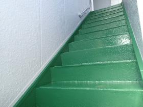 階段室施工後