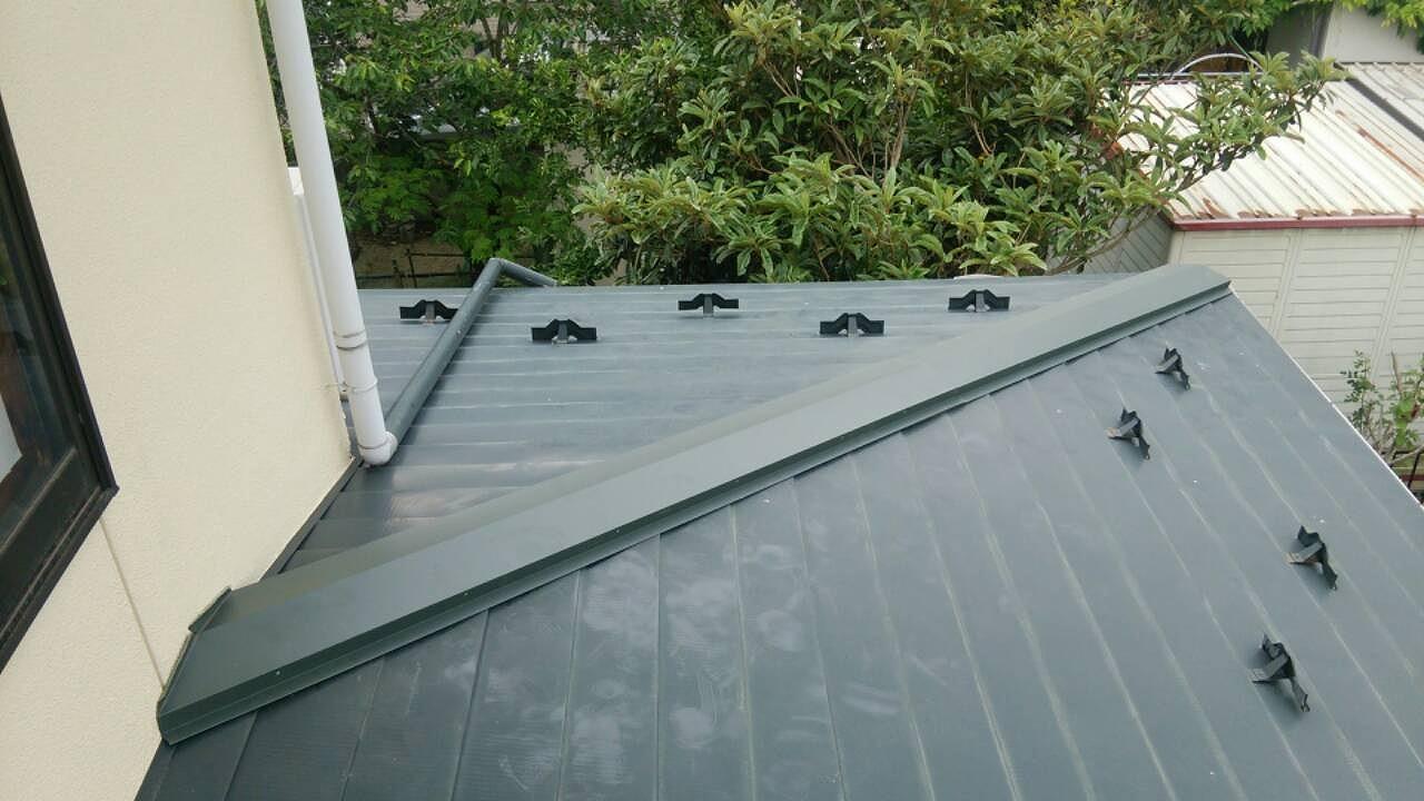 屋根の雨漏り箇所にしたカバー