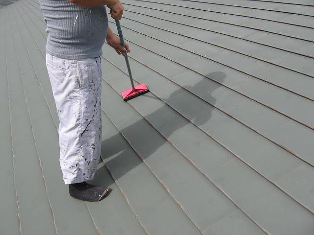 トタン鋼板の横葺き屋根ケレン