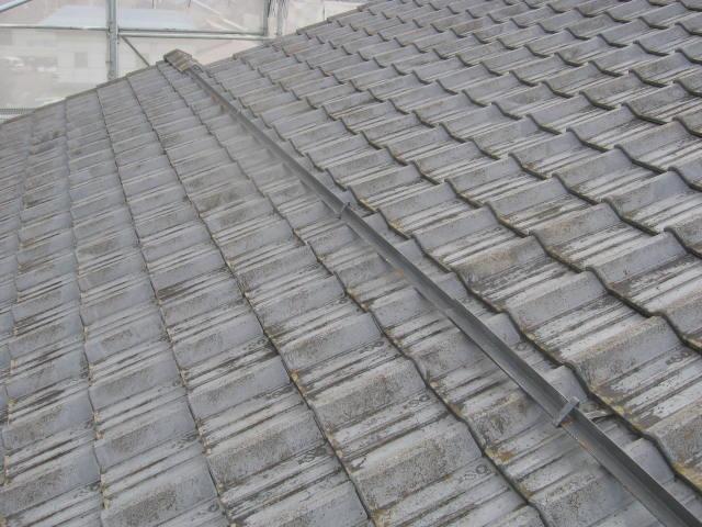 塗装前セメント瓦屋根