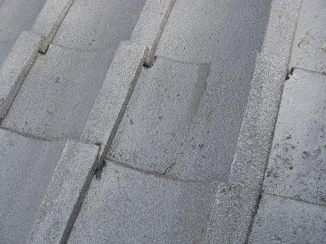 セメント瓦割れ補修