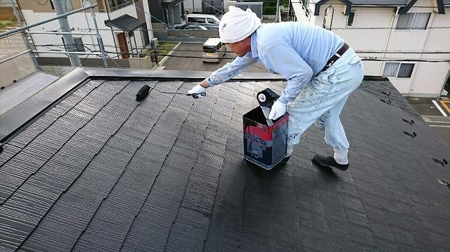シリコン樹脂塗装(中塗り)