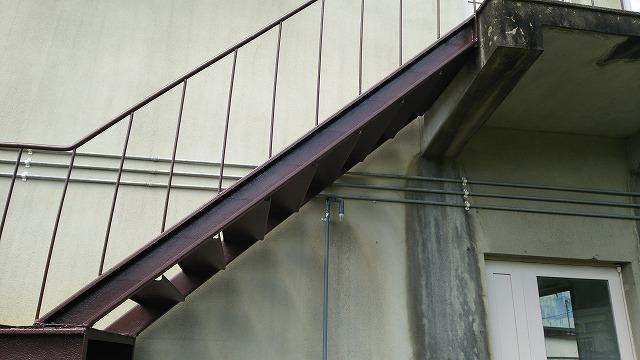 階段塗装完了