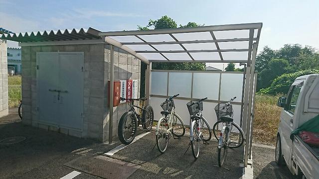 自転車置き場完成