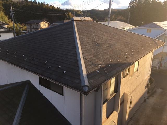 色あせた塗装の屋根