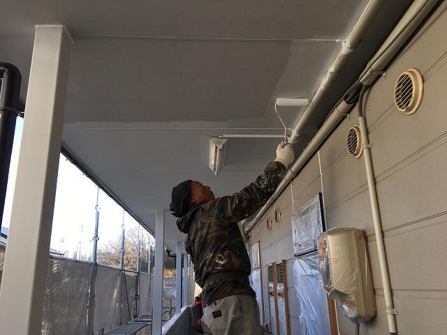 通路天井塗装
