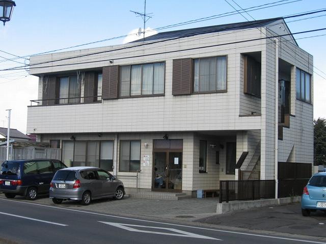塗装前店舗兼住宅