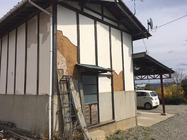 福島市にお住まいのお客様から土蔵造り漆喰壁の調査(無料)のご依頼を頂きました