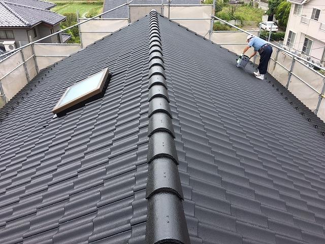 セメント瓦屋根中塗り