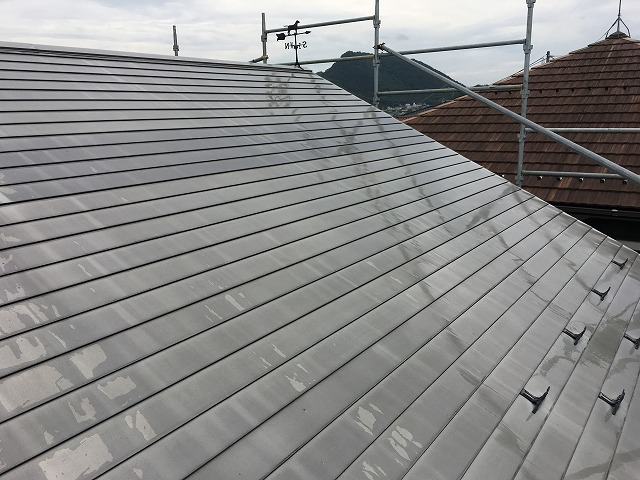高洗浄後の屋根