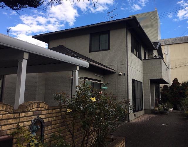 塗装前の住宅