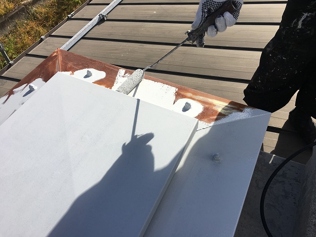 屋上点検口錆止め塗装